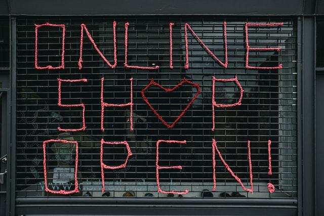 Napis - Sklep internetowy otwarty