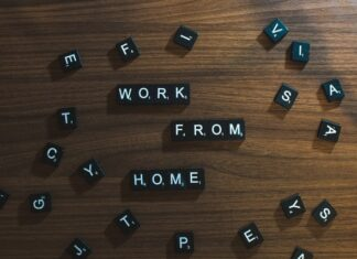 "Napis ""work from home"""