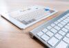 klawiatura i tablet otwarty na stronie Google
